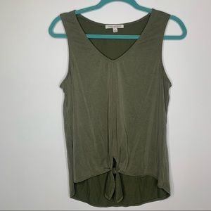 Green Envelope front knot sleeveless tank